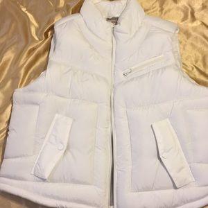 White Arizona Jean Co. winter vest